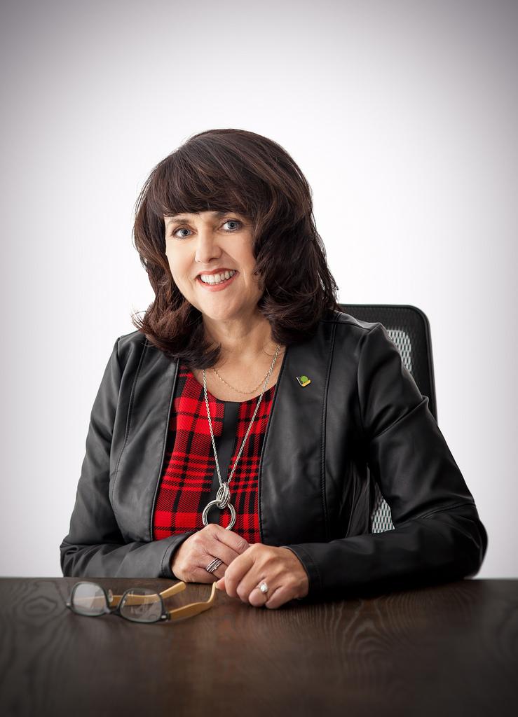 Portrait officiel, Sophie Lambert
