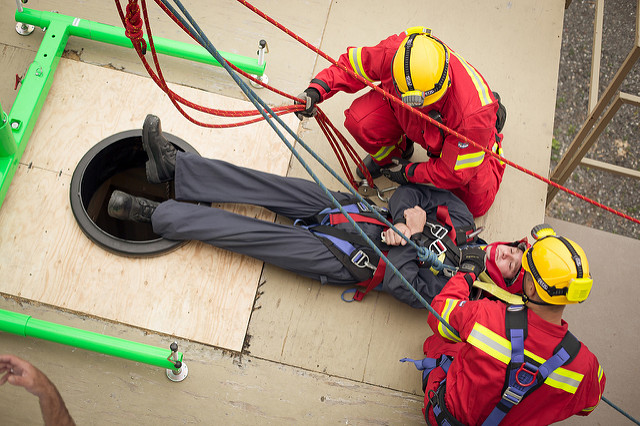 Simulation de sauvetage en espace clos à la caserne de pompiers Fernand-Giguère de Victoriaville