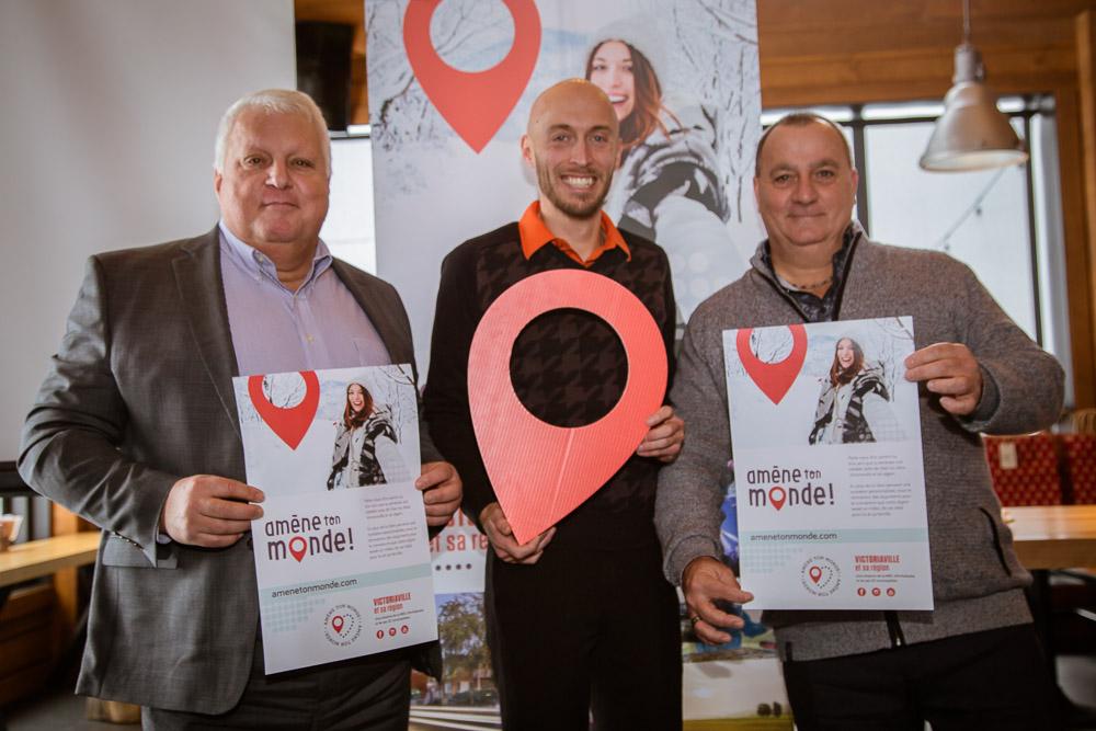 Photo officielle, lancement de la campagne Amène ton monde