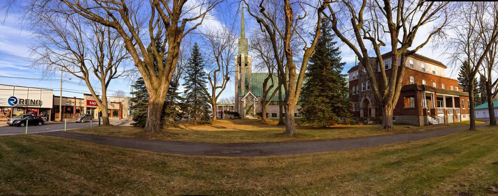 Vente de l'église Saints-Martyrs-Canadiens
