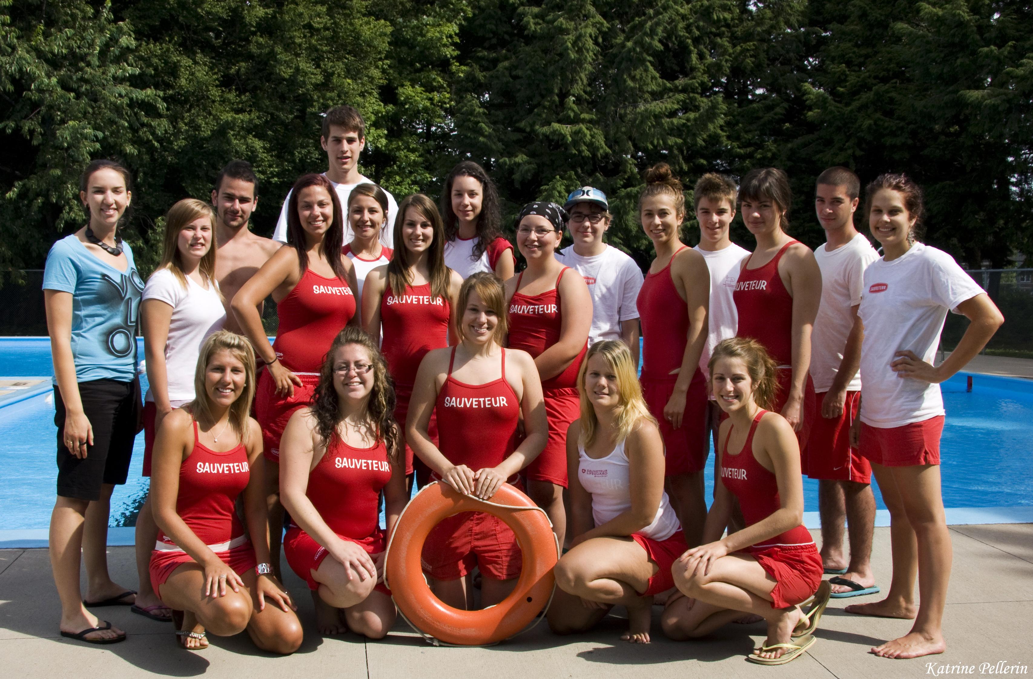 Un sauveteur plus qu 39 un simple surveillant ville de for Club piscine quebec