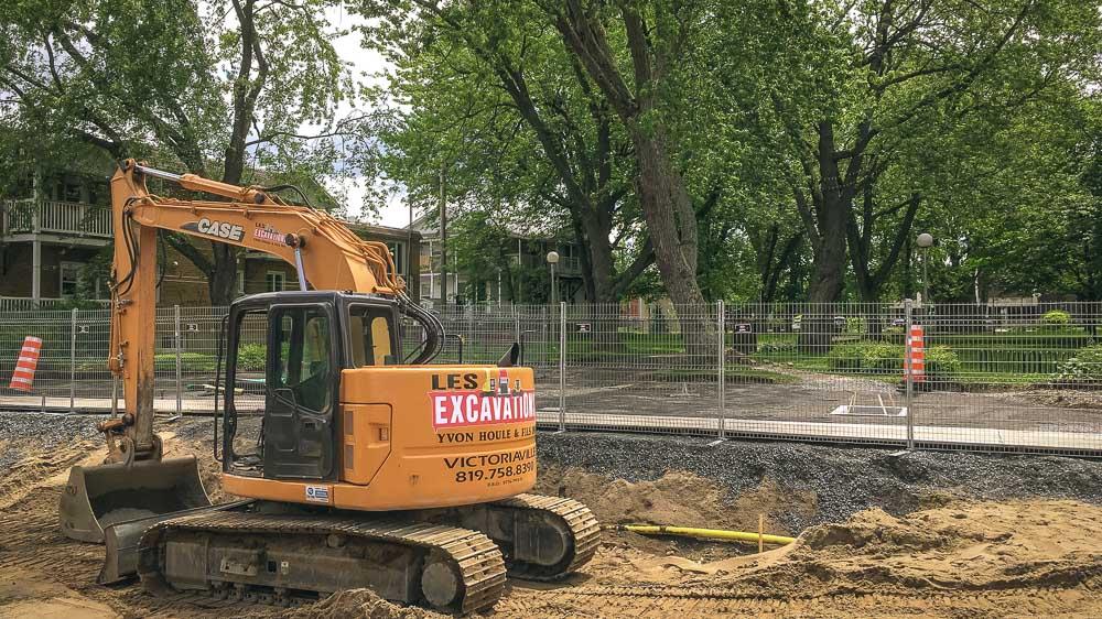 Un érable argenté du parc Victoria jugé dangereux pour la sécurité des travailleurs et de la population sera coupé ce jeudi 22 juin et récupéré afin de concevoir du mobilier urbain.