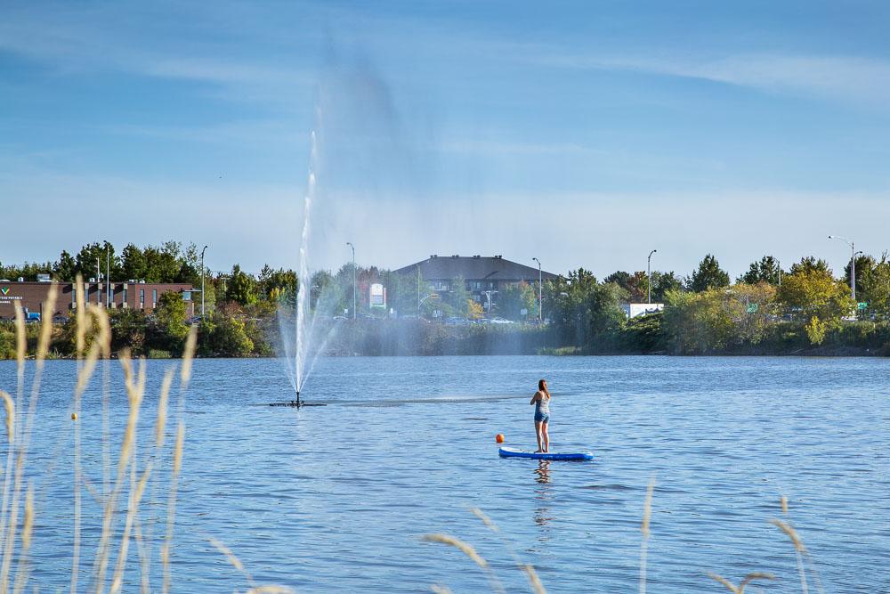 Une fontaine d'eau sur le réservoir Beaudet  pour les 40 ans de l'entreprise Pompco