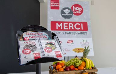 Des épiciers joignent le mouvement Hop la Ville pour suggérer des aliments vedettes