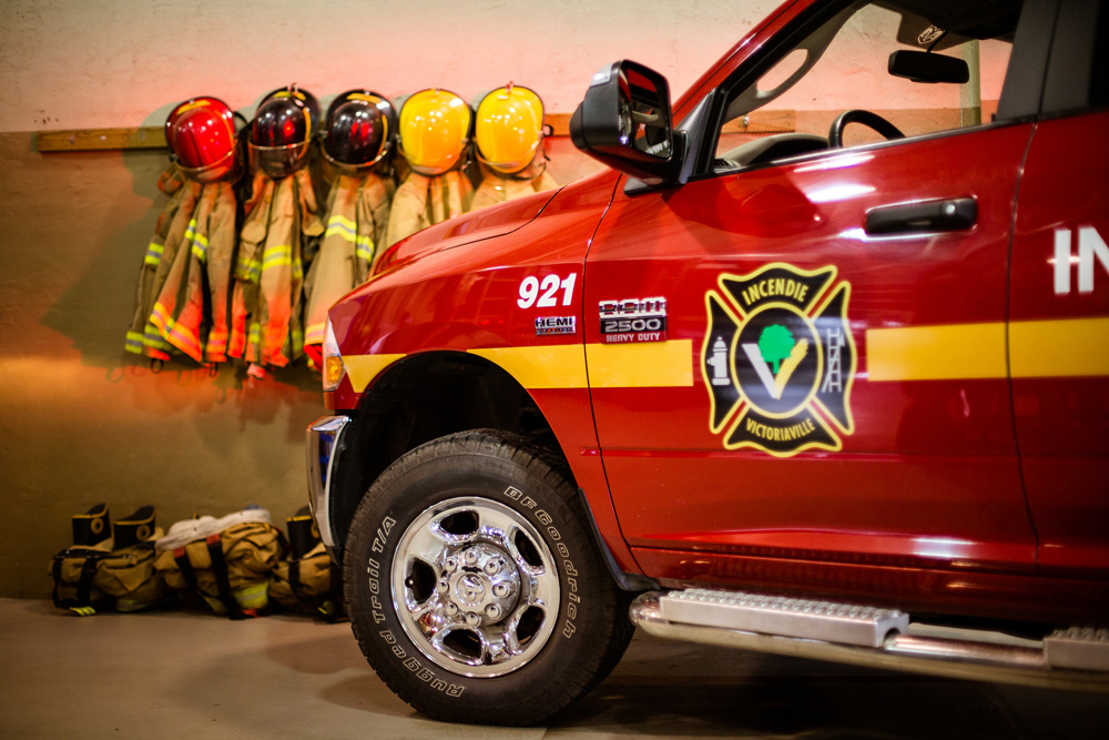 Le Service de la sécurité publique de la Ville de Victoriaville dresse le bilan de l'année 2017 qui en aura été une de changements importants; nouvelles embauches, nouvelle convention collective, modification du Règlement sur la prévention incendie, mais toujours un service exemplaire pour les citoyens et citoyennes de Victoriaville.