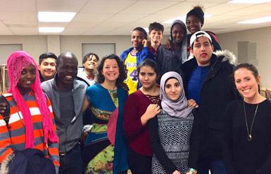 Créer et partager pour tisser des liens entre les jeunes