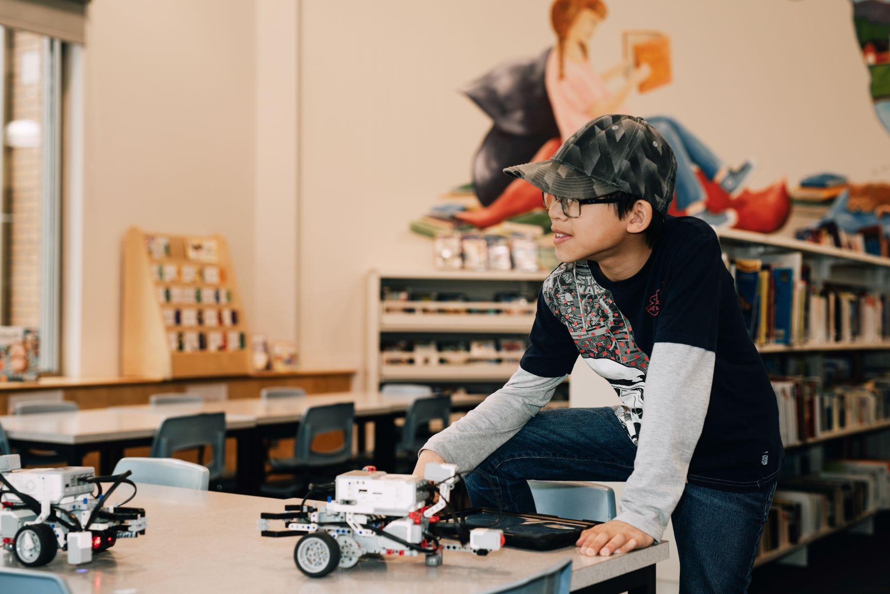 Les 8 à 12 ans sont invités à participer à la création d'un instrument sonore électronique la bibliothèque Charles-Édouard-Mailhot pendant les Journées de la culture qui se déroulent du 27 au 29 septembre 2019.